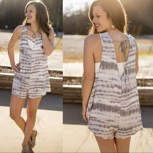 Pants - Grey and White Romper